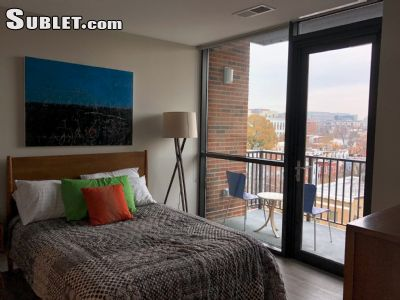 Image 2 unfurnished 1 bedroom Apartment for rent in Capitol Hill, DC Metro