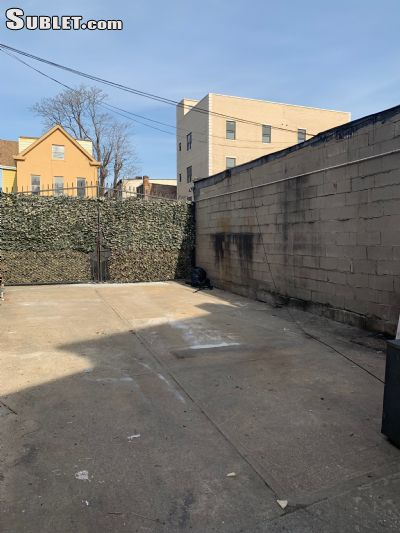 Image 3 unfurnished 2 bedroom House for rent in Brownsville, Brooklyn