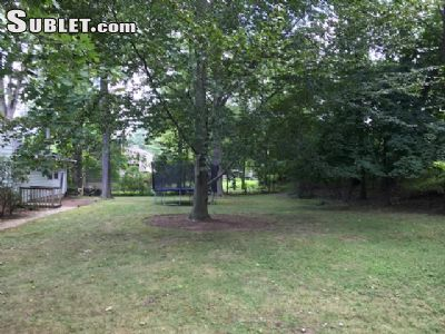 Image 2 unfurnished 3 bedroom House for rent in Rye, Westchester