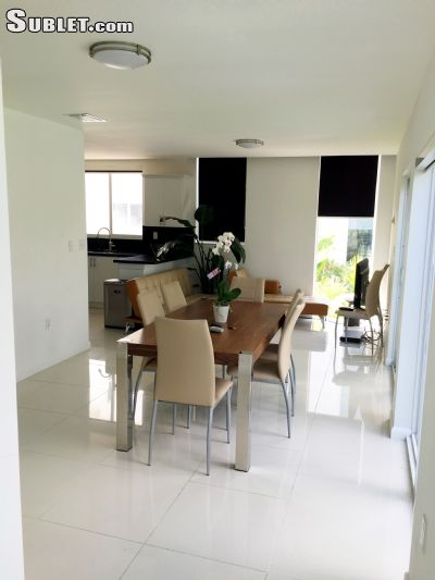 Image 7 furnished 4 bedroom Townhouse for rent in Miami Beach, Miami Area