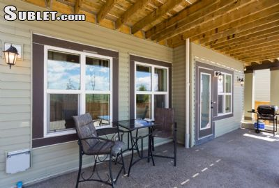 Image 2 furnished 1 bedroom House for rent in Cochrane, Rocky View County