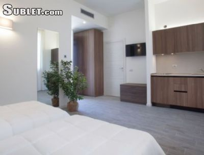 Image 2 furnished 2 bedroom Apartment for rent in Monza, Milan