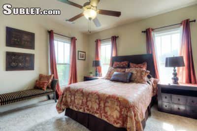 Image 6 furnished 3 bedroom Townhouse for rent in Sandy Springs, Fulton County