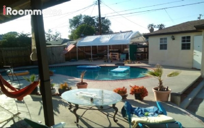 Image 1 Room to rent in Winnetka, San Fernando Valley 3 bedroom House