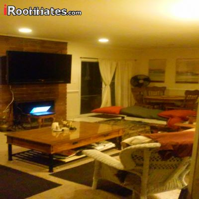 Image 10 Room to rent in Winnetka, San Fernando Valley 3 bedroom House