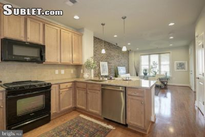 Image 2 unfurnished 3 bedroom Townhouse for rent in Alexandria, DC Metro