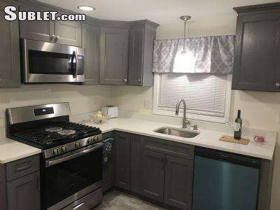 Image 3 Furnished room to rent in Farmington, Greater Hartford 3 bedroom House
