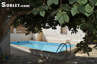 Image 1 Furnished room to rent in Granada, Granada Province 3 bedroom Dorm Style