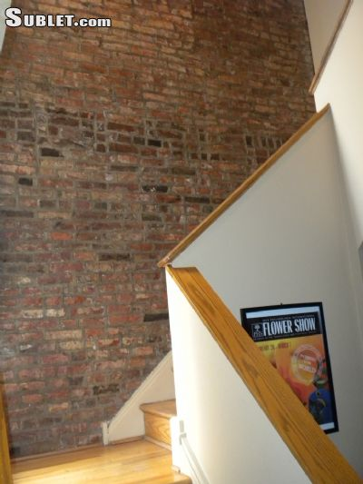 Image 2 furnished 1 bedroom Townhouse for rent in Other Center City, Center City