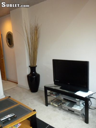 Image 4 furnished 1 bedroom Townhouse for rent in Other Center City, Center City