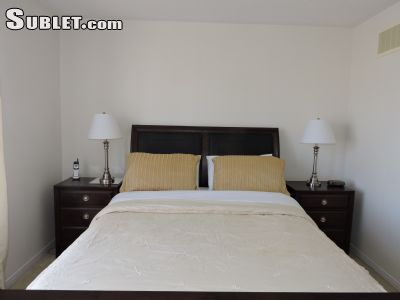 Image 3 furnished 2 bedroom Townhouse for rent in Mississauga, Peel Region