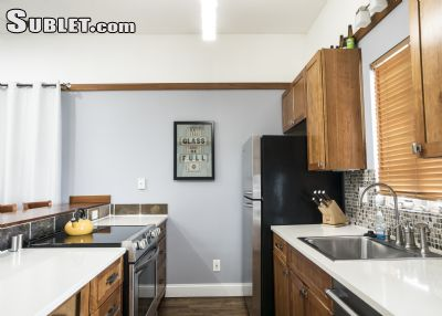 Image 3 furnished 1 bedroom House for rent in Downtown Kansas City, Kansas City Area