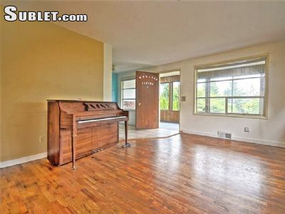 Image 3 unfurnished Studio bedroom Apartment for rent in Queen Anne, Seattle Area
