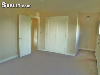 Image 4 unfurnished Studio bedroom Apartment for rent in Queen Anne, Seattle Area