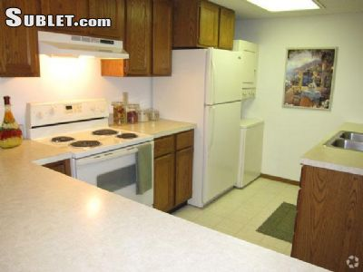 Image 2 unfurnished 2 bedroom Townhouse for rent in St Louis Park, Twin Cities Area