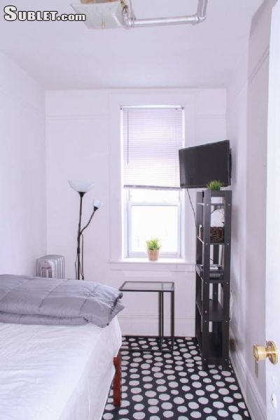 Image 3 furnished 3 bedroom House for rent in Crown Heights, Brooklyn