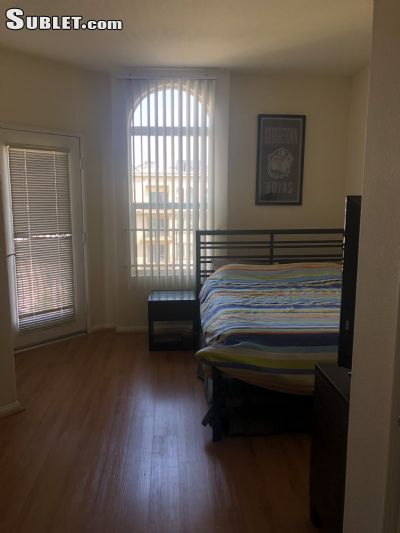 Image 4 either furnished or unfurnished 2 bedroom Apartment for rent in Downtown, Metro Los Angeles