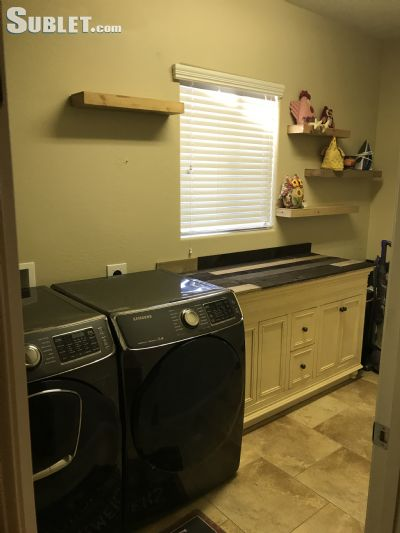 Image 10 furnished 3 bedroom House for rent in Litchfield Area, Phoenix Area