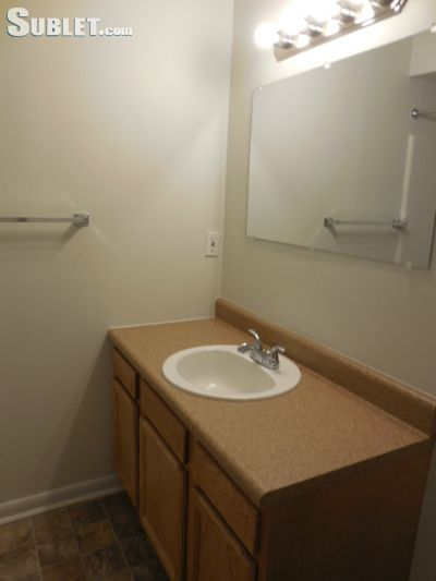 Image 3 unfurnished 2 bedroom Apartment for rent in Saginaw County, East Central MI