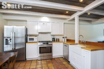 Image 4 furnished 2 bedroom Townhouse for rent in Greenwich, Southwest CT