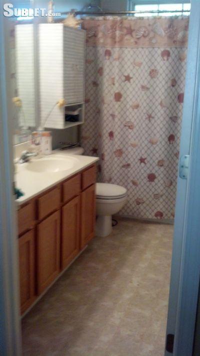 room for rent in Duncan