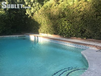 rooms for rent in North Hills