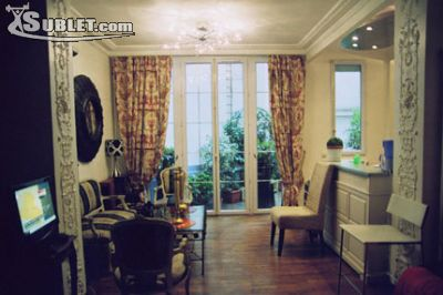 Image 1 furnished 1 bedroom Townhouse for rent in 8th-arrondissement, Paris