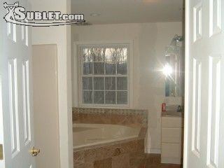 Image 3 furnished 5 bedroom House for rent in Ellenville, Ulster County