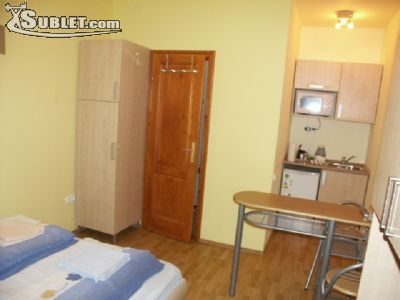 Image 2 furnished Studio bedroom Hotel or B&B for rent in District 6, Budapest