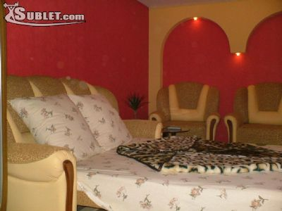Image 3 furnished 2 bedroom Apartment for rent in Centru, Chisinau