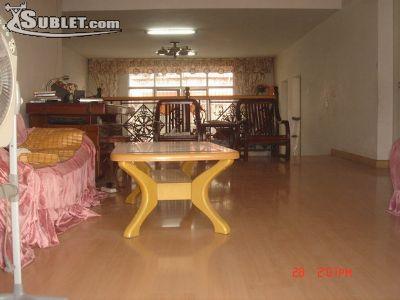 Hubei Room for rent