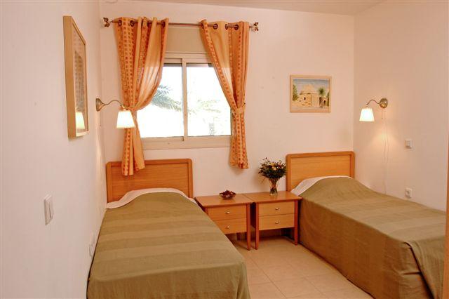 Image 6 furnished 2 bedroom Apartment for rent in Herzliyya, Tel Aviv