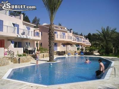 Image 5 furnished 3 bedroom Townhouse for rent in Paphos, Government Controlled