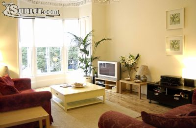 Image 2 furnished 3 bedroom Apartment for rent in Glasgow, Scotland