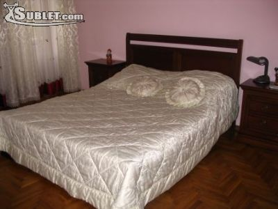 Image 2 furnished 2 bedroom Apartment for rent in Centru, Chisinau