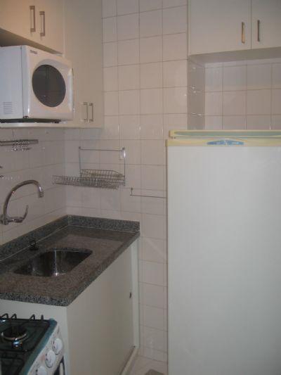 Image 2 furnished 1 bedroom Apartment for rent in Barra da Tijuca, Rio De Janeiro City