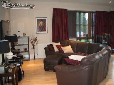 Image 2 furnished 2 bedroom Apartment for rent in Malone, Belfast City
